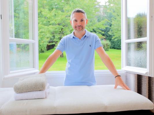 Photos table de massage - chambre d'hôtes Villa de la terrasse Châtenay-Malabry